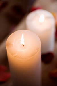 personalized memorial service in Mooresville candles